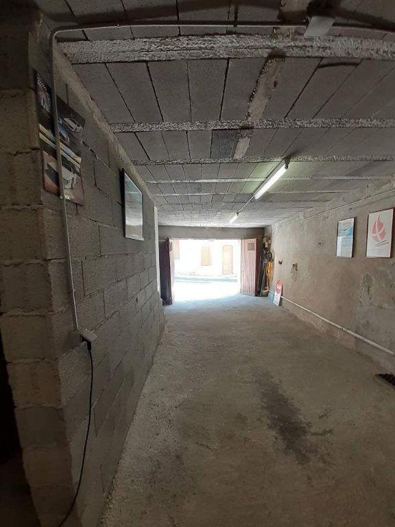 Maison à vendre 5 325m2 à Saint-Martin-de-Brômes vignette-12