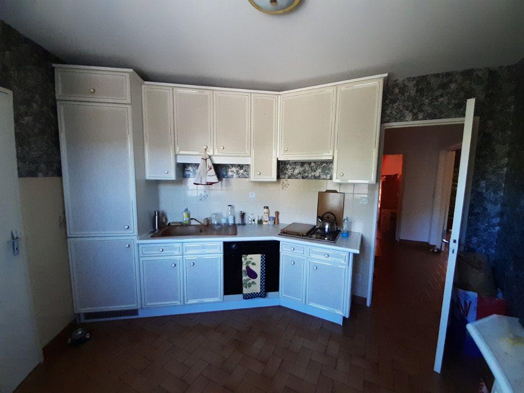 Appartement à louer 4 80m2 à Laragne-Montéglin vignette-2