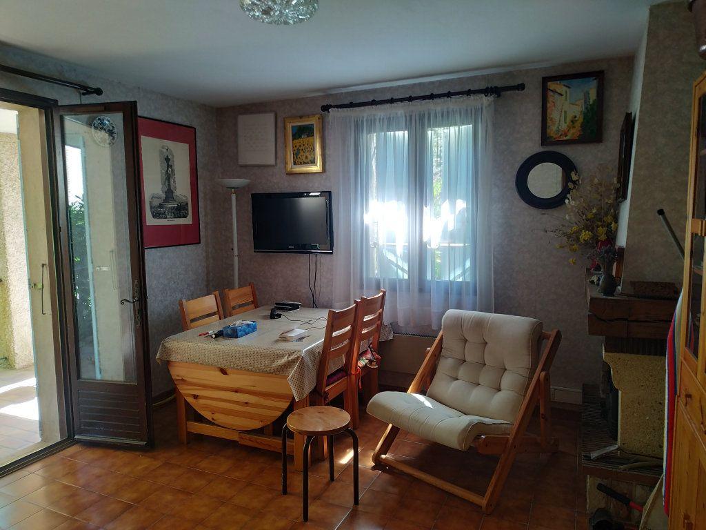 Appartement à vendre 3 59m2 à Gréoux-les-Bains vignette-5