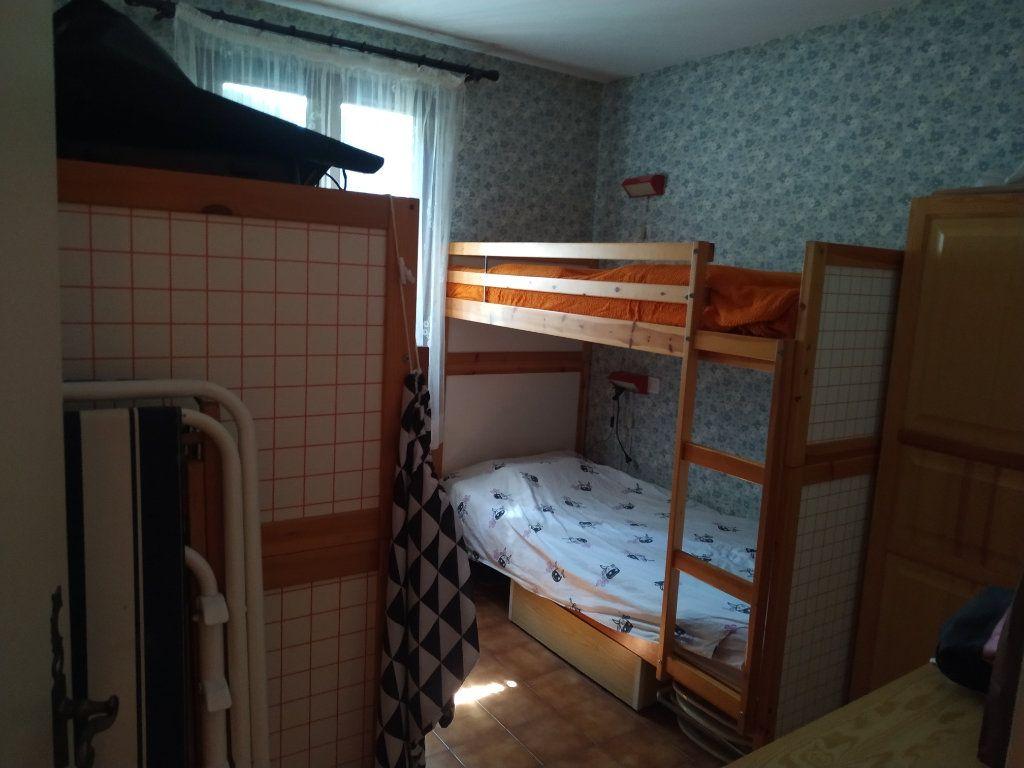 Appartement à vendre 3 59m2 à Gréoux-les-Bains vignette-9