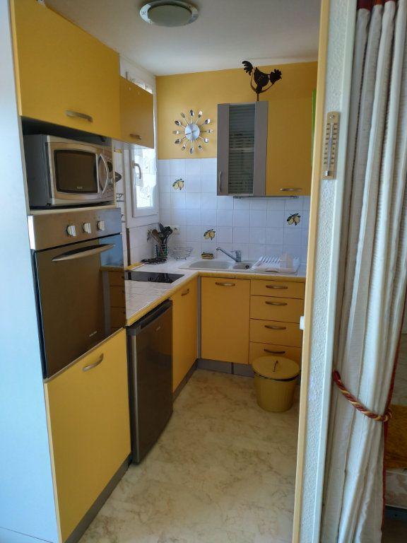 Appartement à vendre 1 29m2 à Gréoux-les-Bains vignette-1