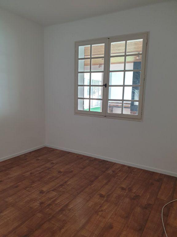 Maison à louer 6 220m2 à Manosque vignette-7