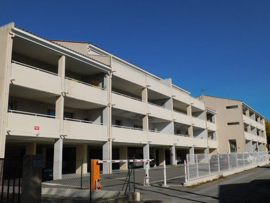 Appartement à vendre 3 61m2 à Oraison vignette-1