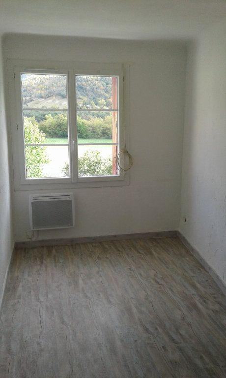 Maison à louer 3 87.17m2 à Bayons vignette-4