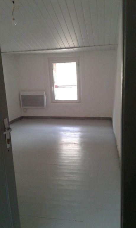 Maison à louer 3 87.17m2 à Bayons vignette-11