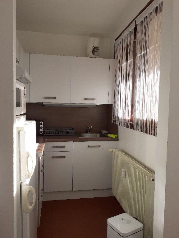 Appartement à vendre 1 27m2 à Gréoux-les-Bains vignette-3