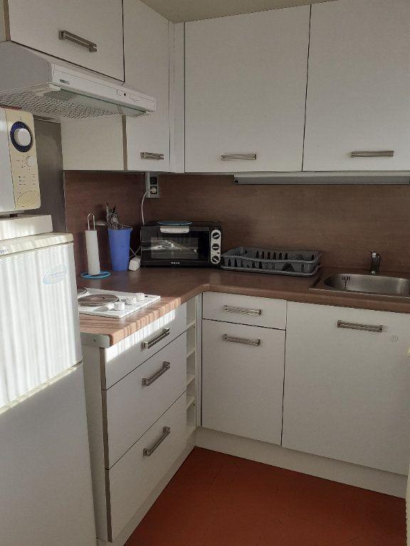 Appartement à vendre 1 27m2 à Gréoux-les-Bains vignette-4