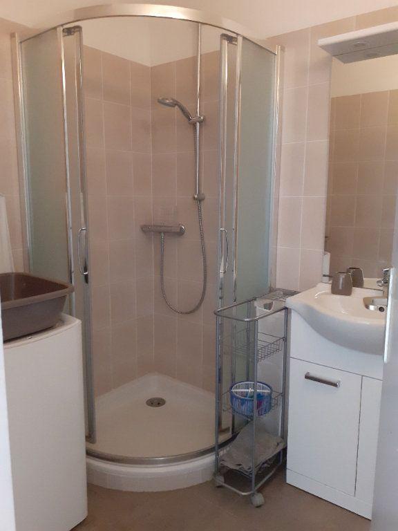 Appartement à vendre 1 27m2 à Gréoux-les-Bains vignette-5