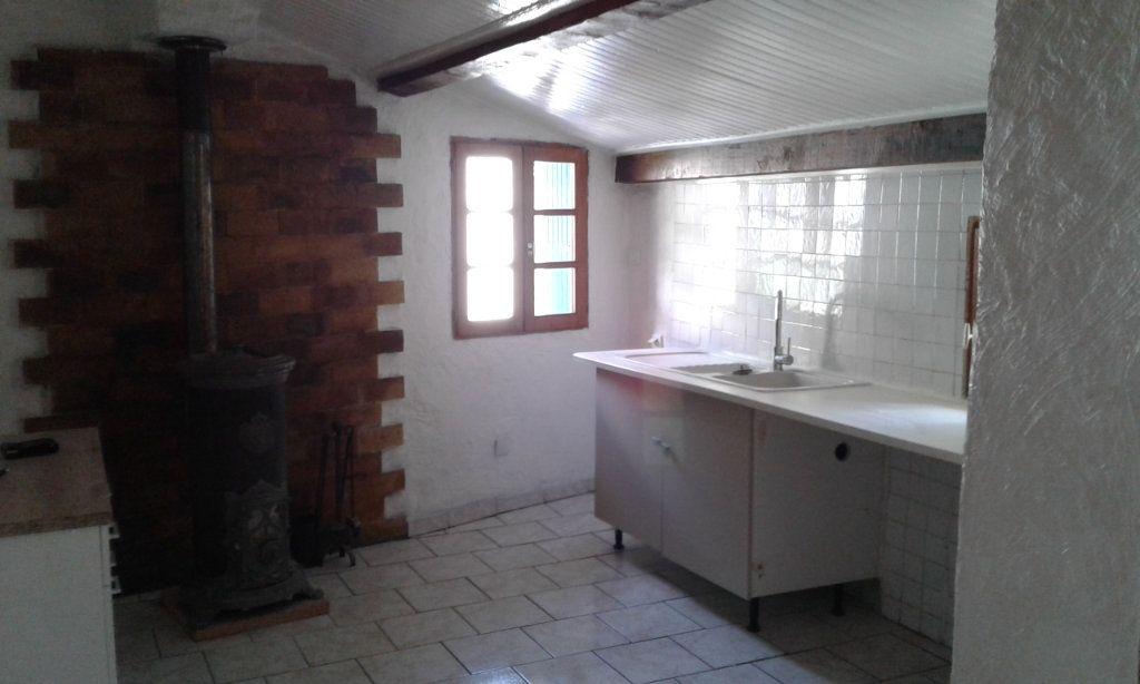 Maison à louer 3 51.85m2 à Bayons vignette-4