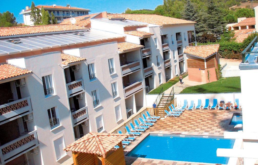 Appartement à vendre 2 45m2 à Gréoux-les-Bains vignette-1