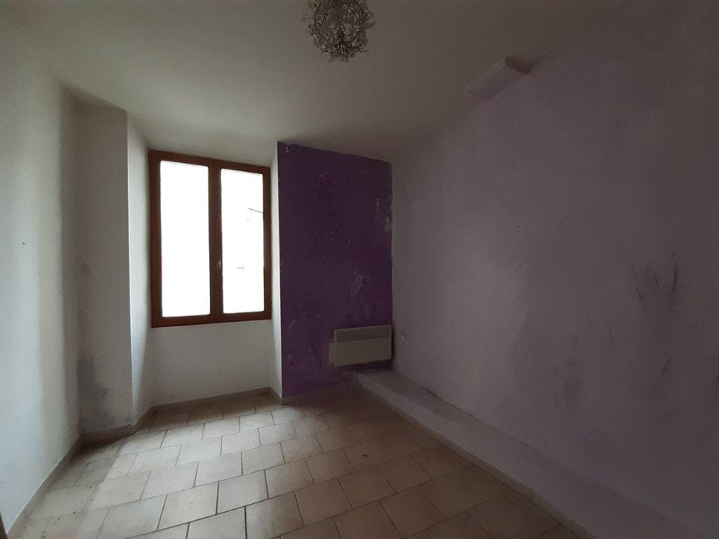 Appartement à vendre 4 62m2 à Sisteron vignette-4