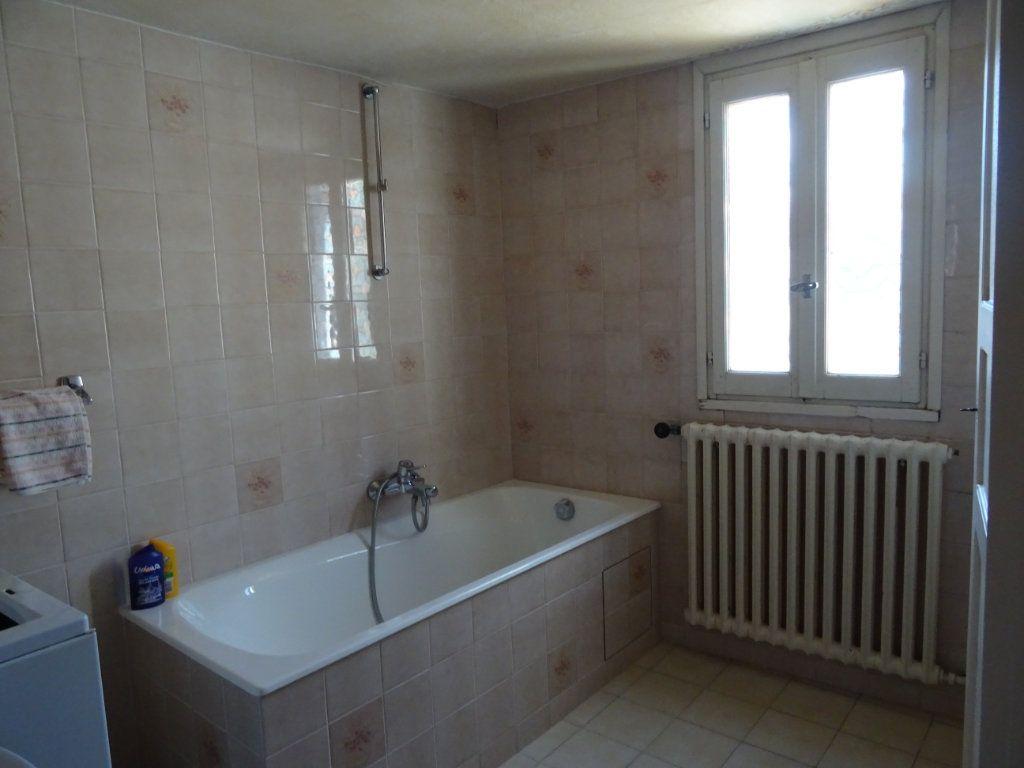 Maison à vendre 5 75m2 à Château-Arnoux-Saint-Auban vignette-4