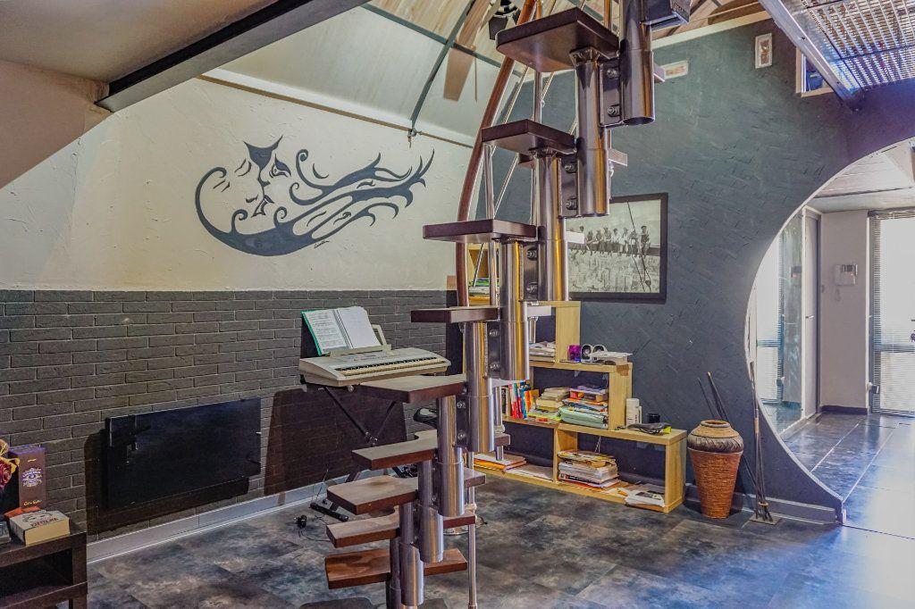 Appartement à vendre 2 91.6m2 à Digne-les-Bains vignette-9