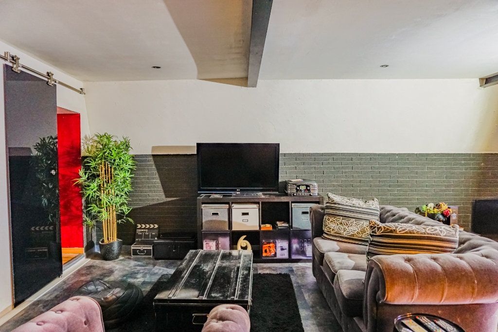 Appartement à vendre 2 91.6m2 à Digne-les-Bains vignette-10