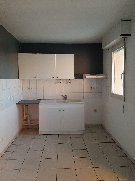 Appartement à louer 3 55m2 à Manosque vignette-3