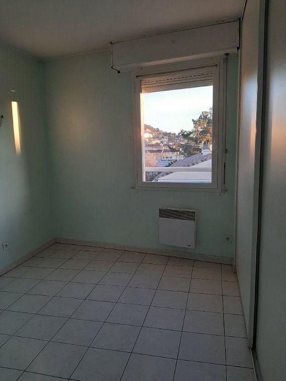Appartement à louer 3 55m2 à Manosque vignette-8