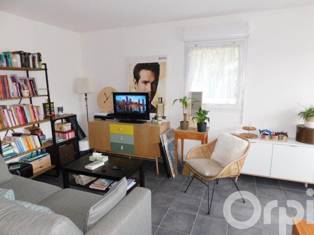 Appartement à vendre 3 63.81m2 à Oraison vignette-2