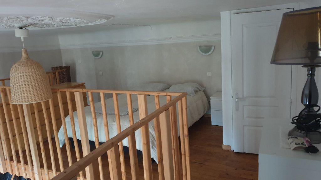 Appartement à louer 2 40m2 à Peyrolles-en-Provence vignette-5
