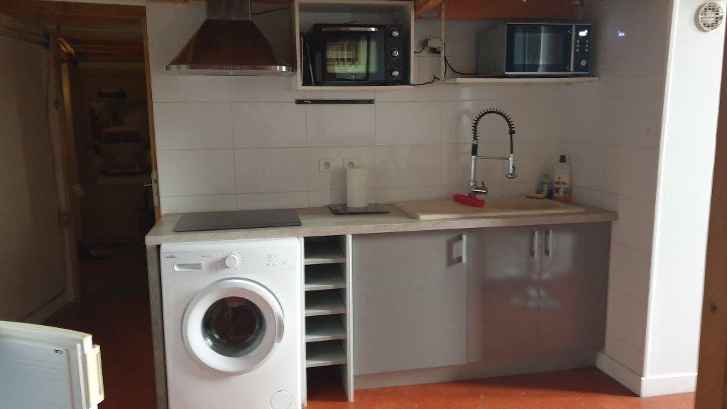 Appartement à louer 2 40m2 à Peyrolles-en-Provence vignette-6