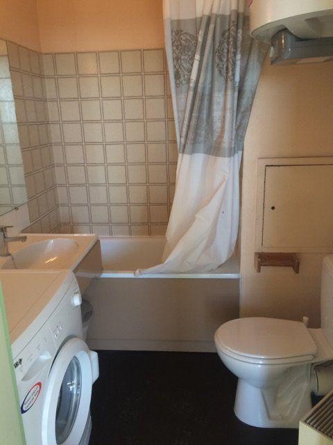 Appartement à louer 1 17m2 à Gréoux-les-Bains vignette-4