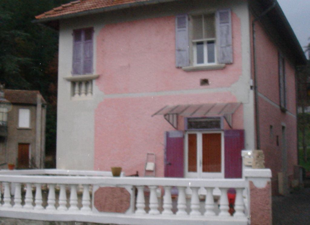 Appartement à louer 3 0m2 à Château-Arnoux-Saint-Auban vignette-3