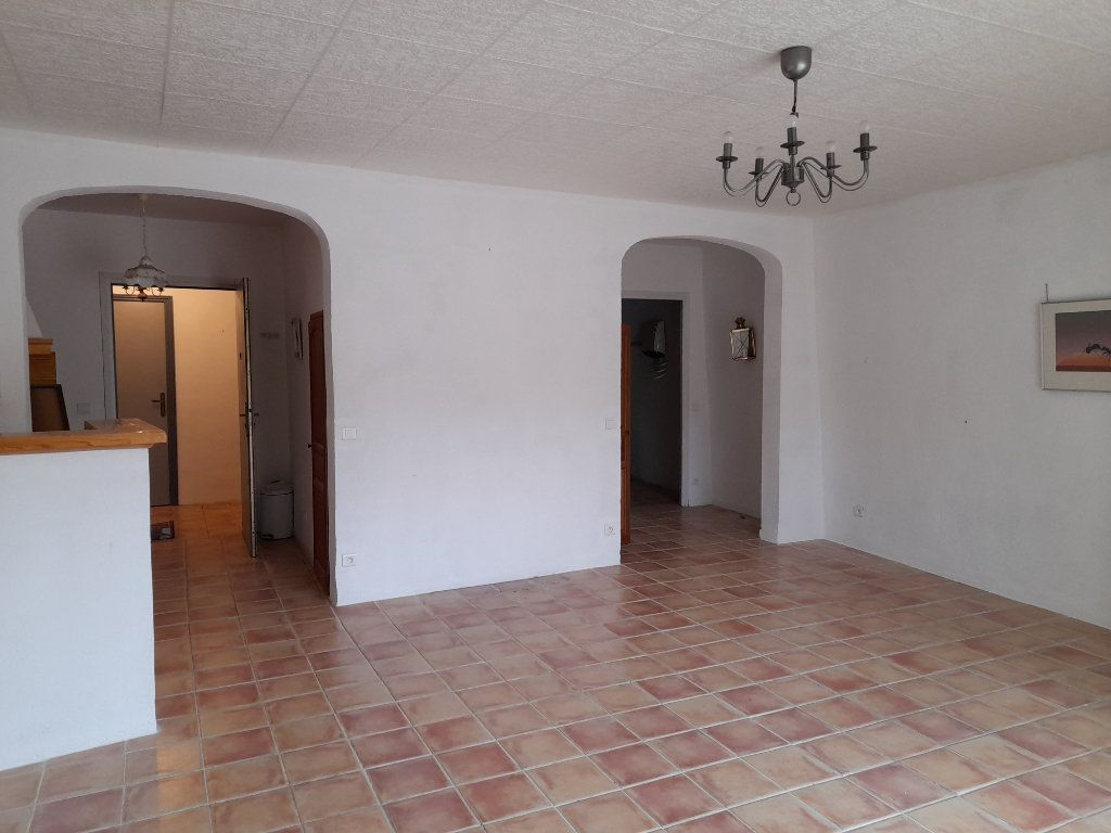Appartement à louer 1 45m2 à Rians vignette-1