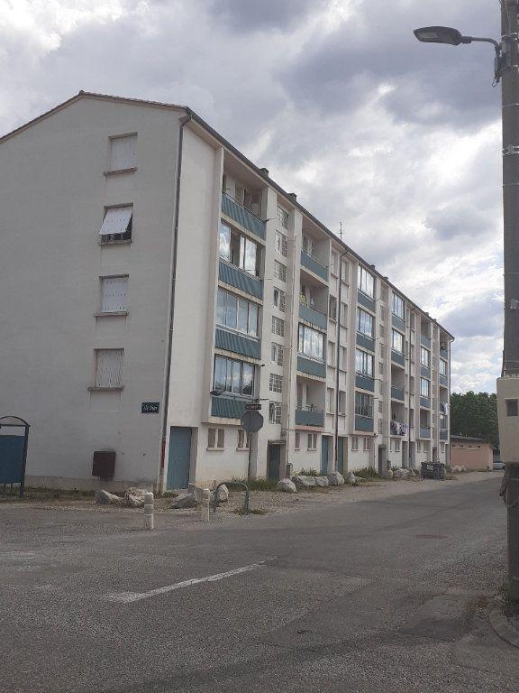 Appartement à louer 3 58m2 à Château-Arnoux-Saint-Auban vignette-3