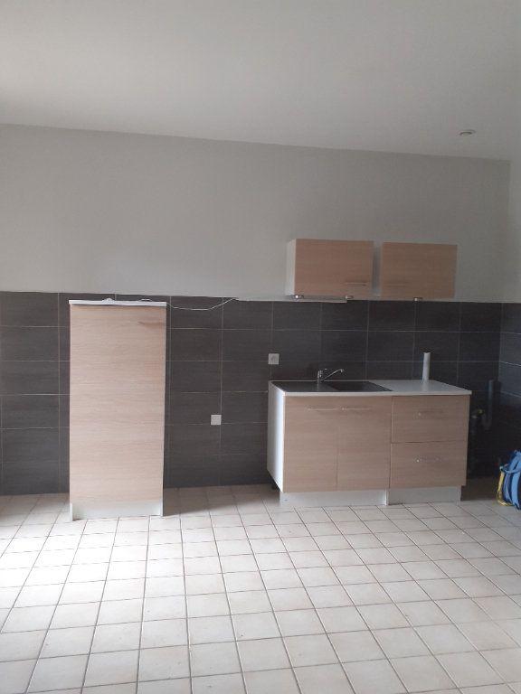 Appartement à louer 2 37.31m2 à Château-Arnoux-Saint-Auban vignette-1