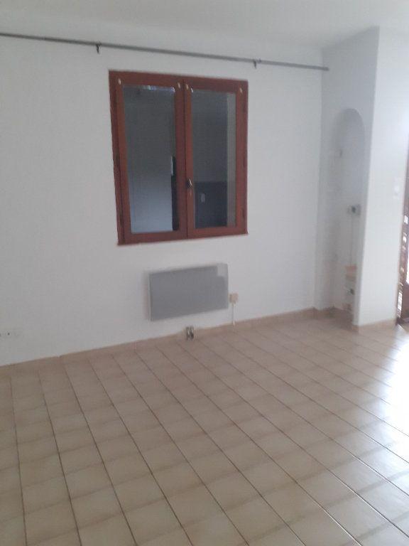 Appartement à louer 2 37.31m2 à Château-Arnoux-Saint-Auban vignette-3