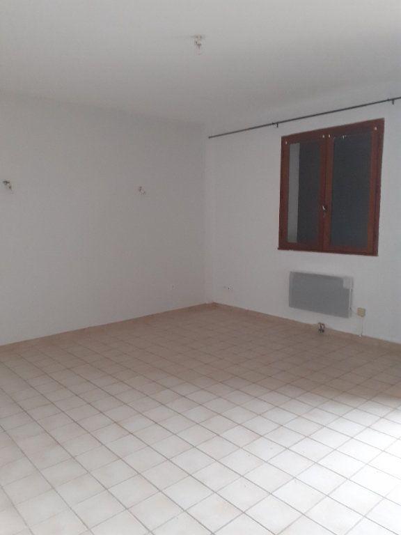 Appartement à louer 2 37.31m2 à Château-Arnoux-Saint-Auban vignette-4