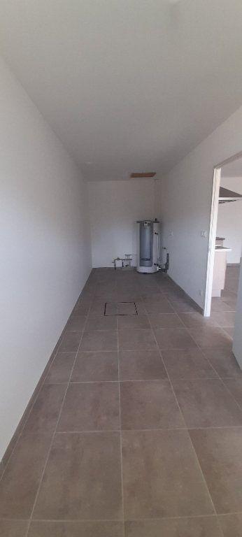 Maison à louer 3 88m2 à Oraison vignette-3