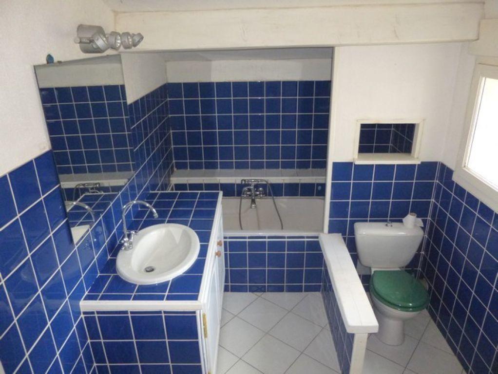 Appartement à louer 2 57m2 à Pont-Saint-Esprit vignette-5