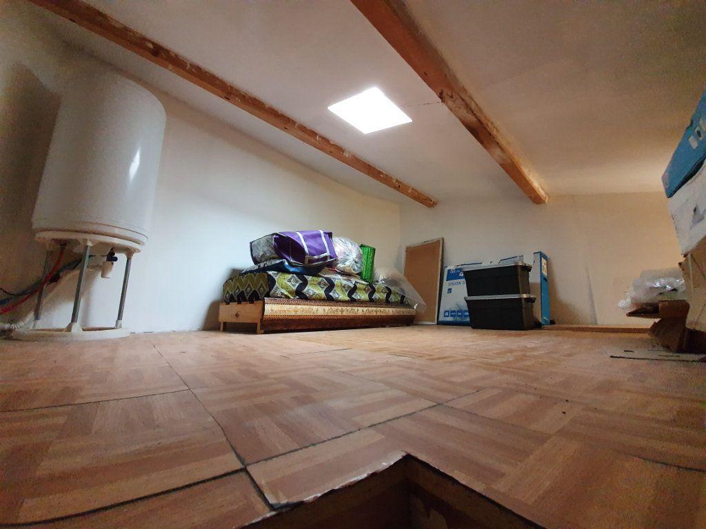 Appartement à vendre 3 63m2 à Pont-Saint-Esprit vignette-13