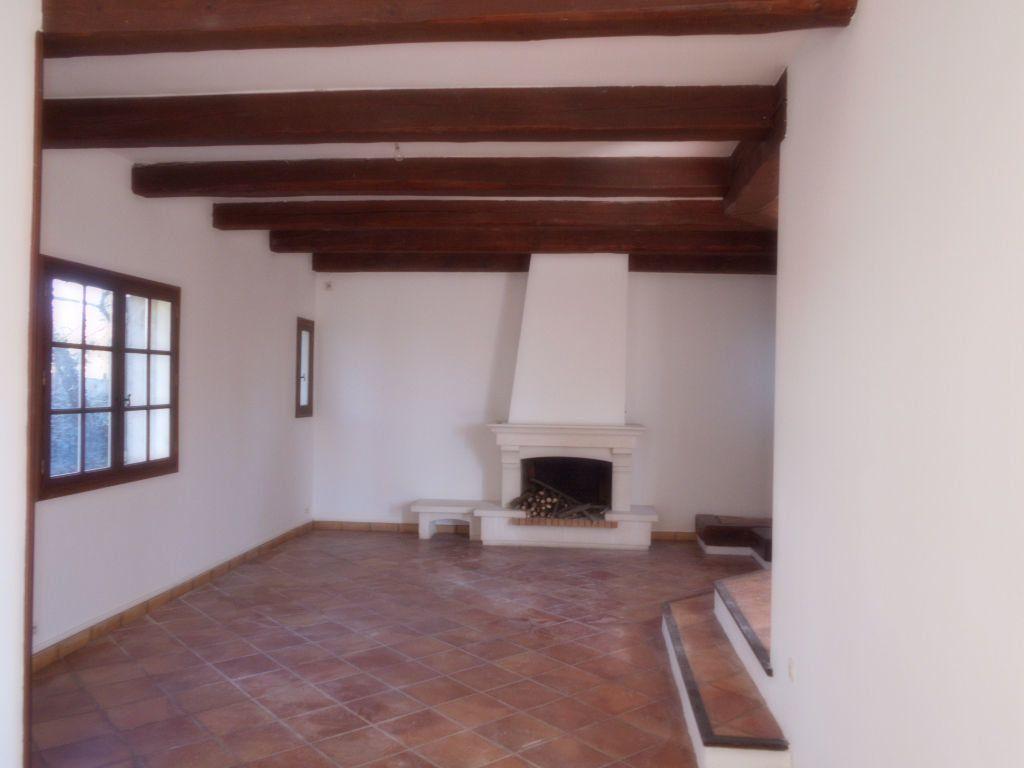 Maison à louer 6 144m2 à Pont-Saint-Esprit vignette-3