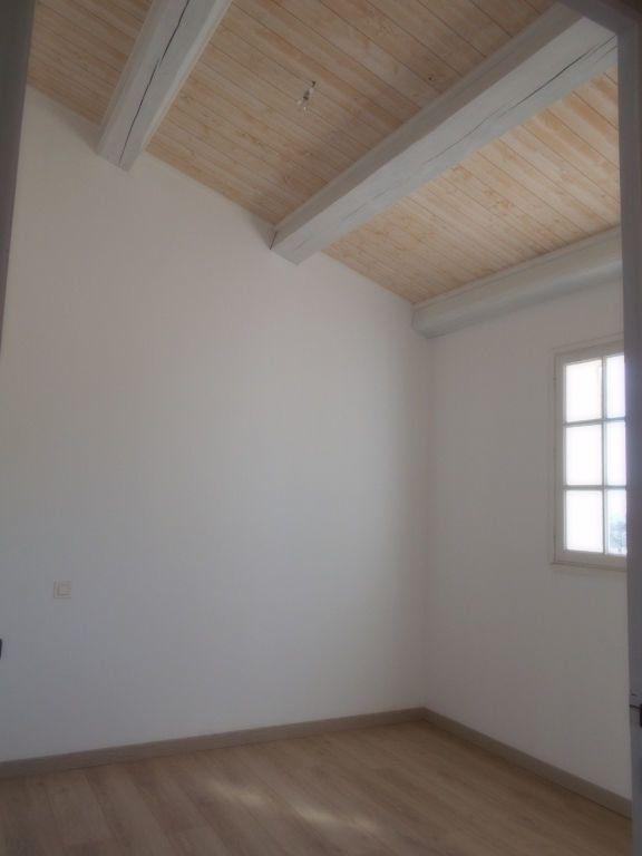 Maison à louer 6 144m2 à Pont-Saint-Esprit vignette-6
