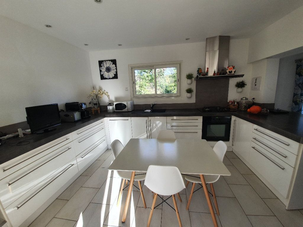 Maison à vendre 8 200m2 à Saint-Alexandre vignette-11