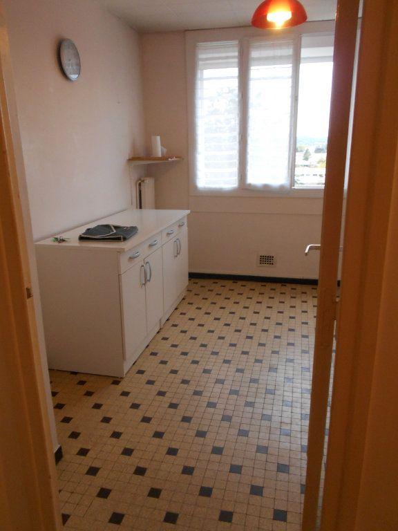 Appartement à louer 2 41.2m2 à Pont-Saint-Esprit vignette-3