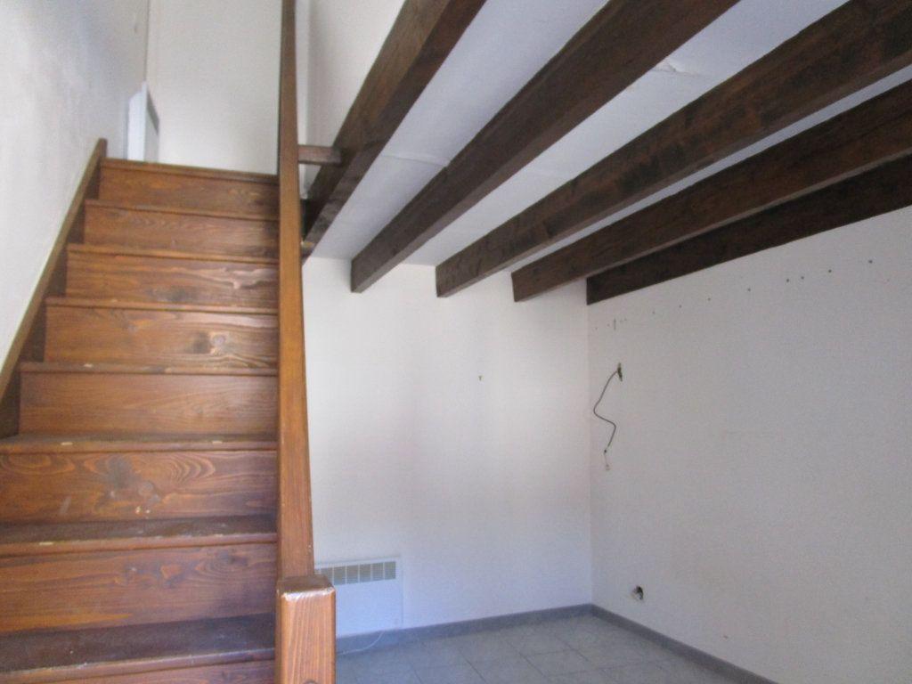 Immeuble à vendre 0 429m2 à Pont-Saint-Esprit vignette-2