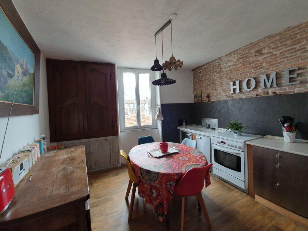 Appartement à vendre 4 120m2 à Pont-Saint-Esprit vignette-3
