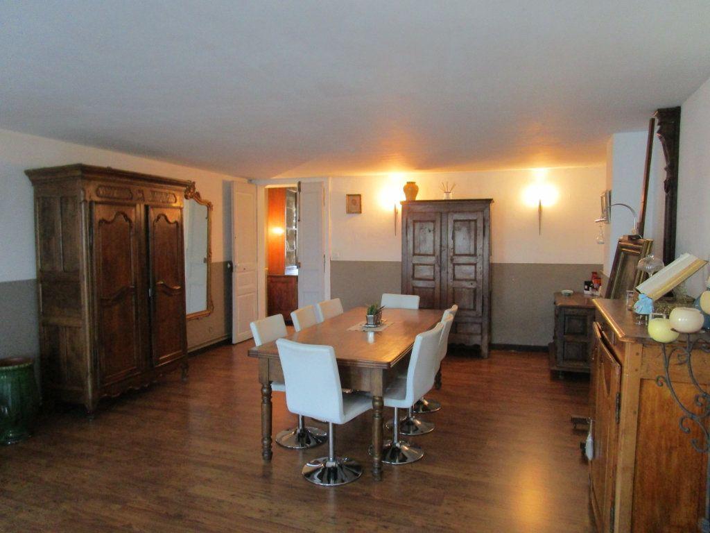 Appartement à vendre 4 120m2 à Pont-Saint-Esprit vignette-5