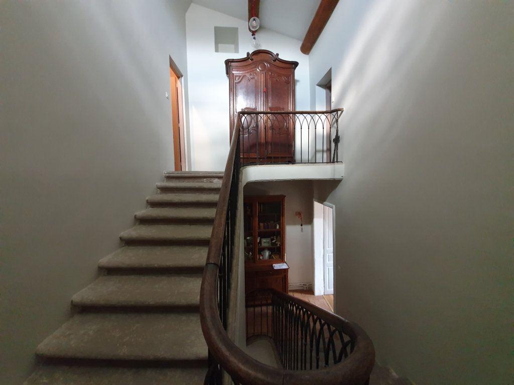 Appartement à vendre 4 120m2 à Pont-Saint-Esprit vignette-6