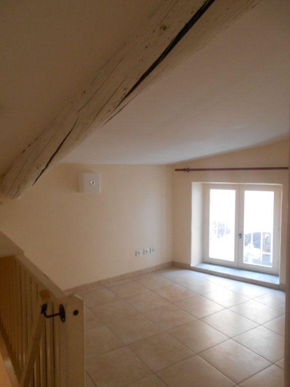 Appartement à louer 2 41m2 à Saint-Paul-Trois-Châteaux vignette-3