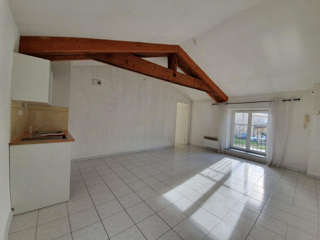 Appartement à vendre 2 43.41m2 à Pont-Saint-Esprit vignette-1