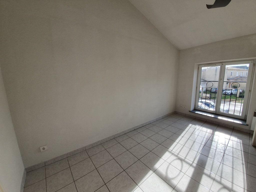Appartement à vendre 2 43.41m2 à Pont-Saint-Esprit vignette-3