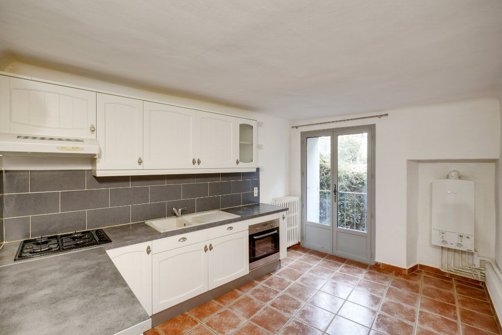Maison à vendre 8 174m2 à Codolet vignette-2