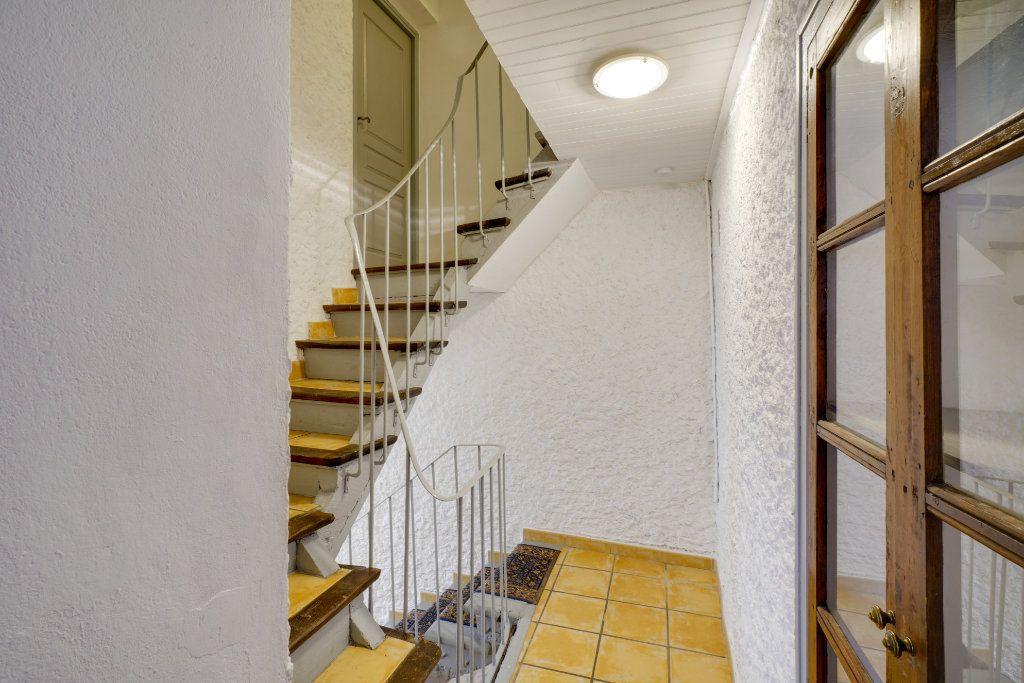 Maison à vendre 8 174m2 à Codolet vignette-3