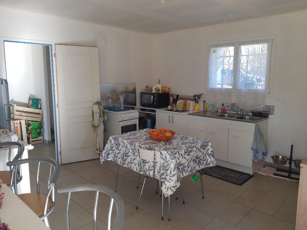 Maison à vendre 4 170m2 à Issirac vignette-5