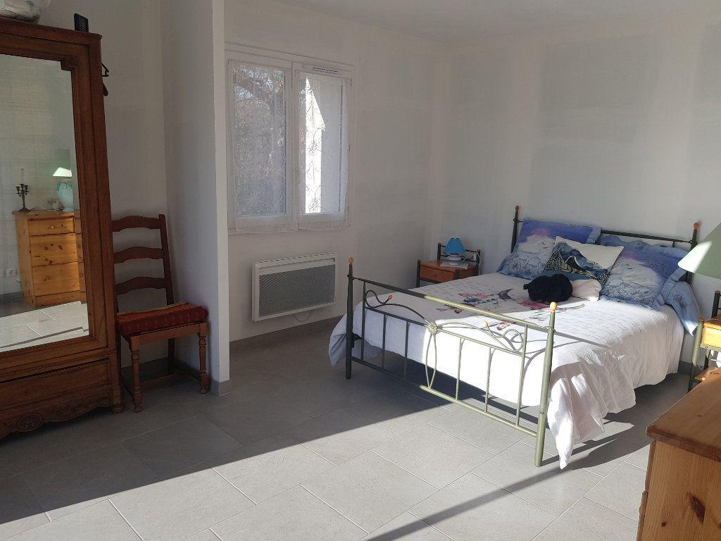 Maison à vendre 4 170m2 à Issirac vignette-6