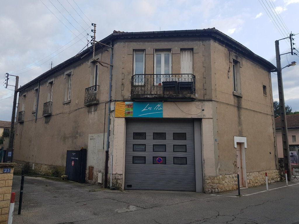 Immeuble à vendre 0 198m2 à Pont-Saint-Esprit vignette-2