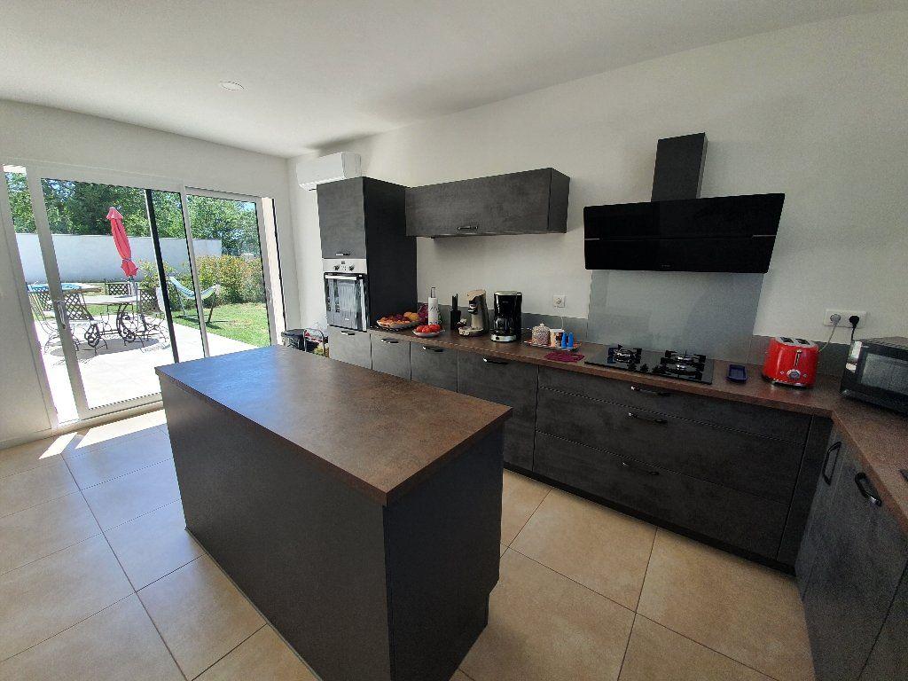 Maison à vendre 4 89m2 à Saint-Paulet-de-Caisson vignette-4